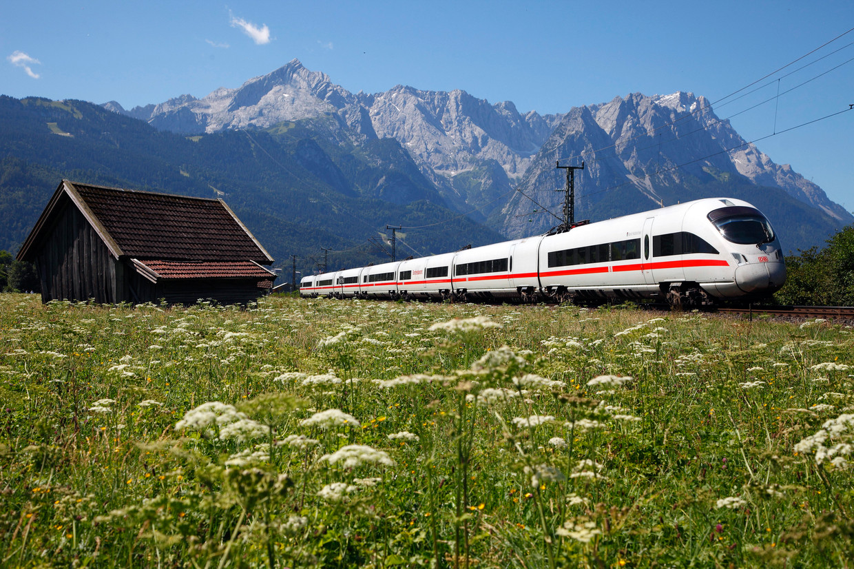 ICE train, photo courtesy DB Bahn
