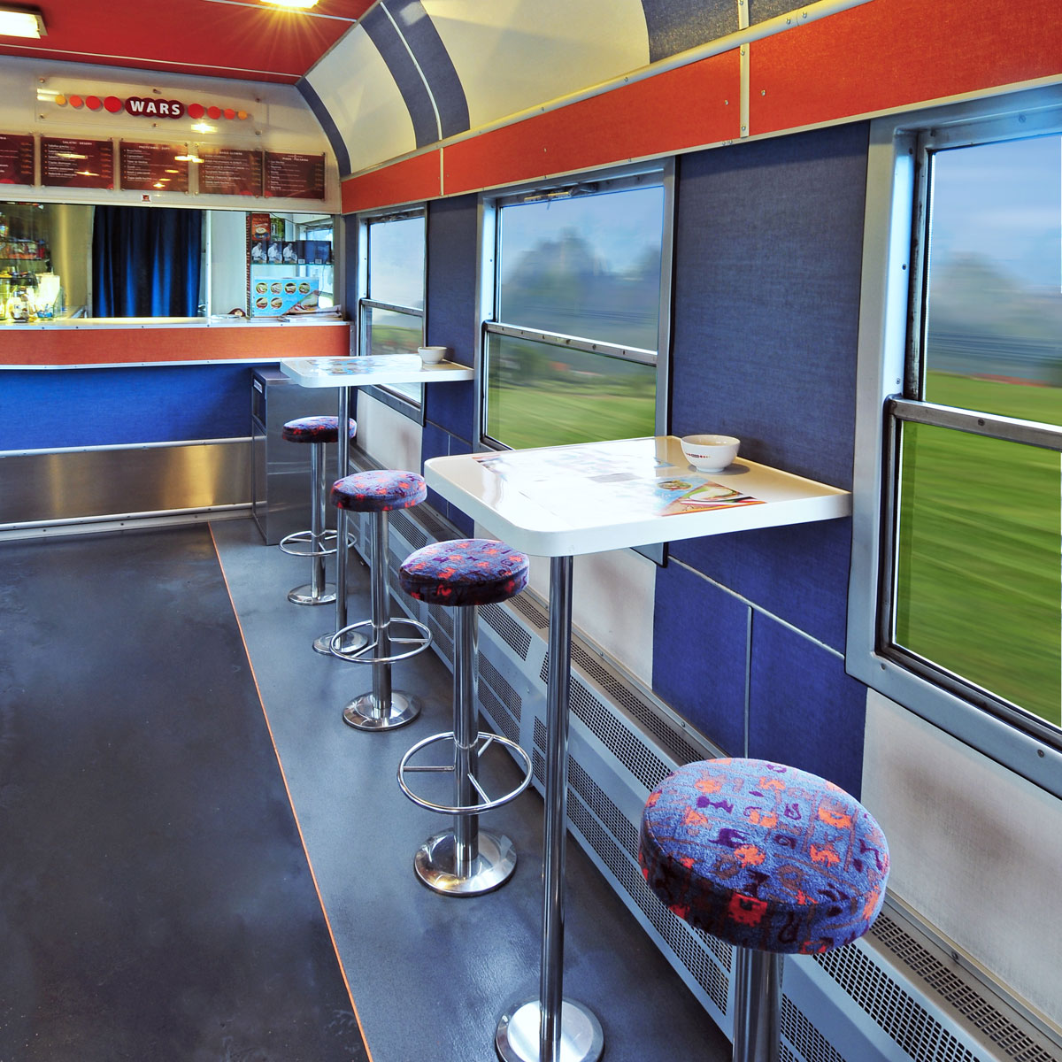 Wars buffet car (photo courtesy Wars)