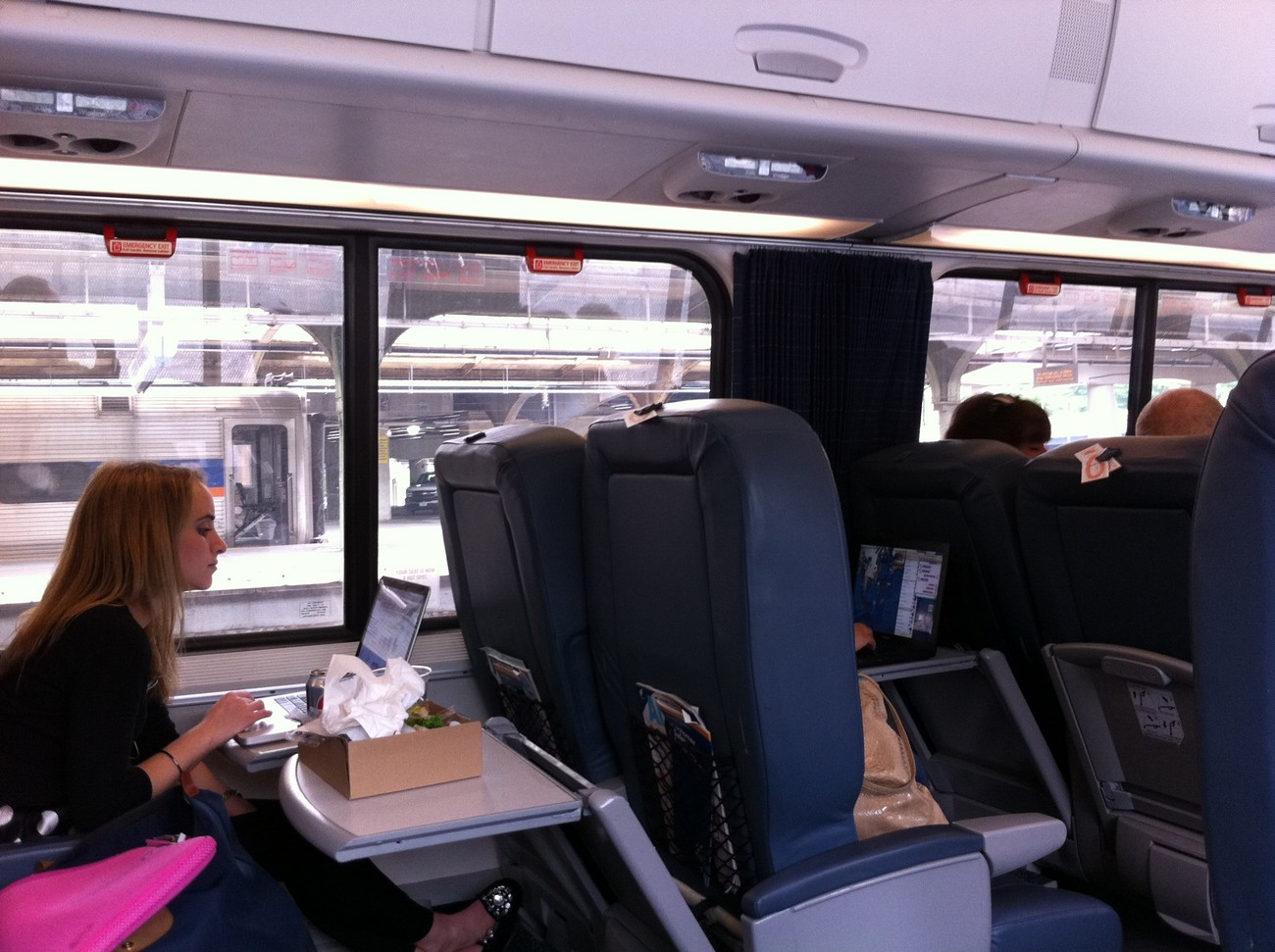 How to get cheap Amtrak train tickets from St. Louis to Denver? Amtrak offer a total of 4 train schedules to Denver. Compare all available fares that vary according to comfort, ticket promotions, and availability.