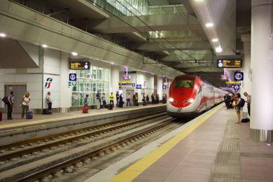 Railway station in Bolonia